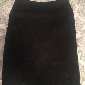 black lularoe pencil skirt